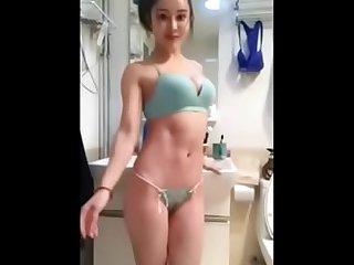 [中國/中国] 肌肉網紅健身美女袁合榮啪啪視頻流出 >_>_ 更多免費亞洲視頻 AsiaHeaven8.com