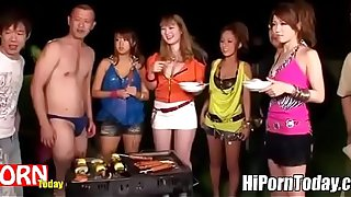Japanese Orgy outdoor after having a Picnic